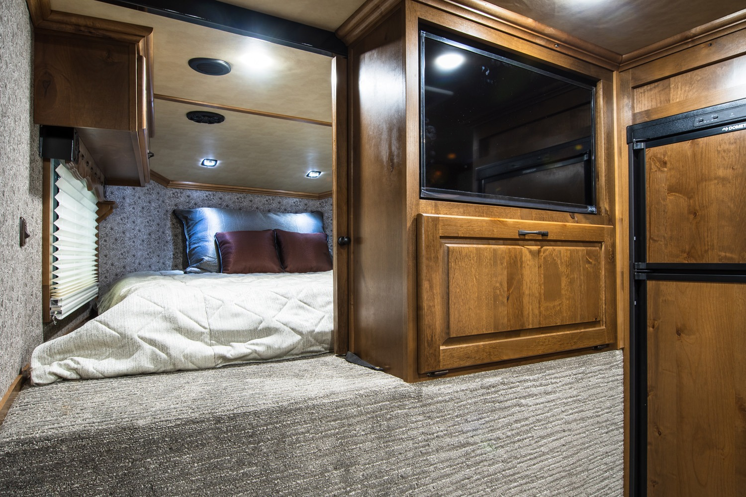 Sleeping Area - Western Premium Package - Living Quarters Horse Trailer